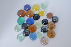 Камни (1,8см) декоративные