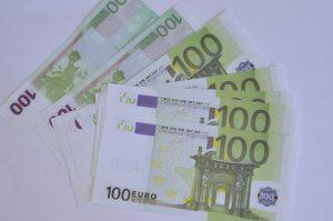 Деньги сувенирные «100 евро»