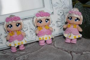 """Кабошон (2,5×4,5см) """"девочка в розово-белом платье"""""""