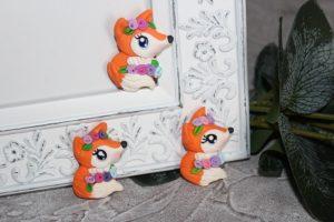 """Кабошон (2,5×3,5см) """"лисичка с цветами"""""""