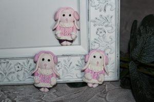 """Кабошон (3×4,5см) """"зайка в розовых наушниках"""""""